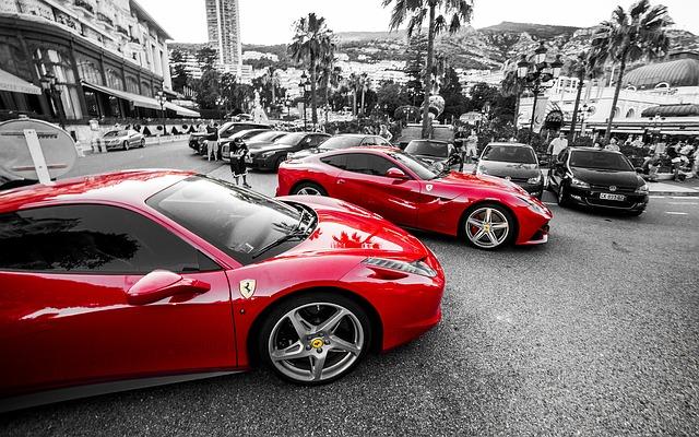 červené Ferrari