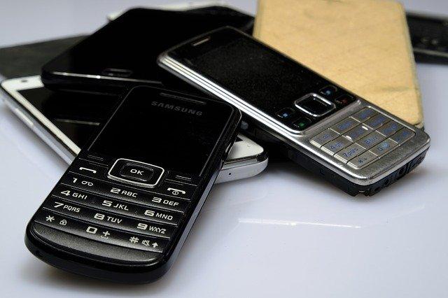 tlačítkové mobily