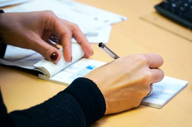 vypisování šeku.jpg