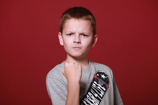 naštvaný kluk