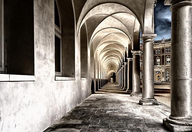 nádvoří kláštera
