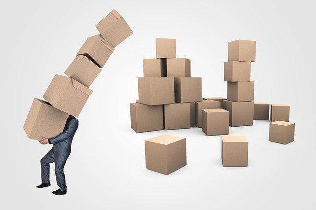 podnikatel co si odnáší krabice.jpg