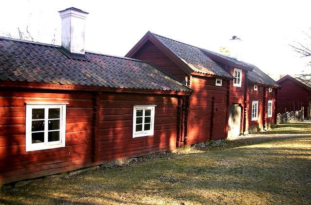 kolonie dřevěných domů