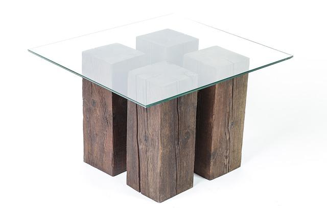 stůl ze dřeva a skla.jpg