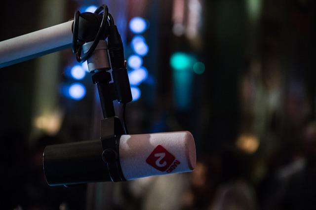 mikrofon pro moderování